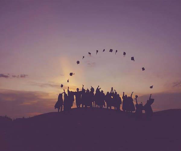 Into the future - Assessoria para estudantes brasileiros nos EUA